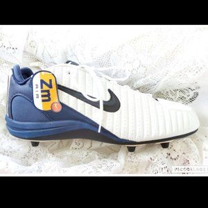 NIKE Air ZOOM men's 20 soccer cleats RARE New